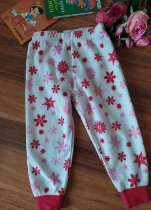 Теплые штанишки с пижами на милашку st. bernard на 2-3 года.