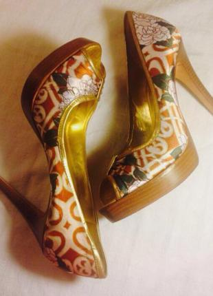 Туфли открытый носик кожа сша фирма aldo босоножки бразилия