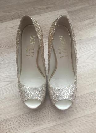 Шикарные туфли loriblu