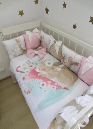 Комплект в кроватку, постельное: бортики, плед-конверт, простынь