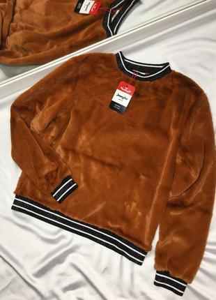 Новый коричневый плюшевый свитер свитшот