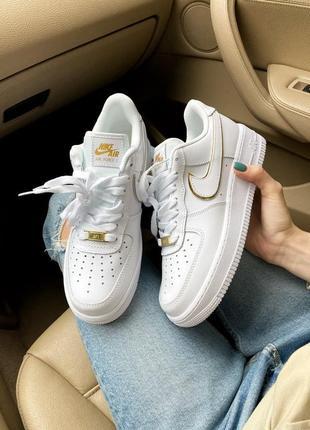 Nike air force 1 07 essential white gold натуральная кожа
