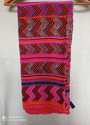 Очень красивый универсальный  большой мягкий шарф палантин район 💯