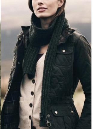 Стеганная чёрная курточка esprit