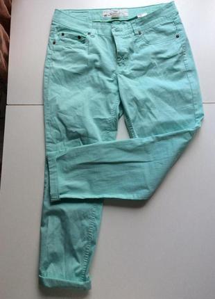 Мятные штаны hm