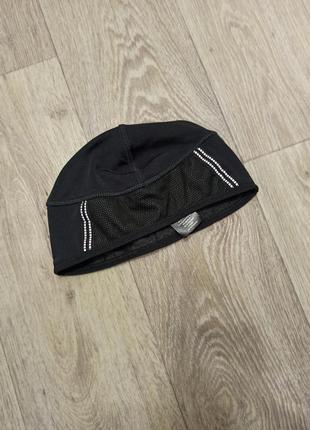 Беговая шапка crivit