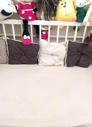 Комплект в кроваткубортики,простынка на резинке теплое одеяло