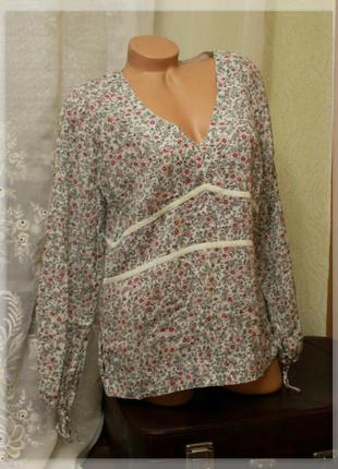 Легкая блуза с цветочным принтом,кулиски на рукавах,р.l