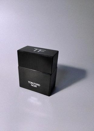 Отливант 5 мл (1 шт.) tom ford «noir». 100% оригинал. разлив парфюмерии