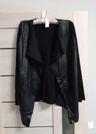 Пиджак- накидка с кожзама