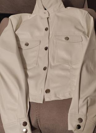 Кожаная рубашка bershka