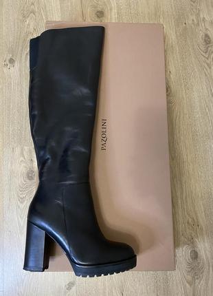 Зимние сапоги, высокие сапоги на каблуку, кожаные сапоги
