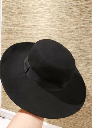 Новая шерстяная шляпа