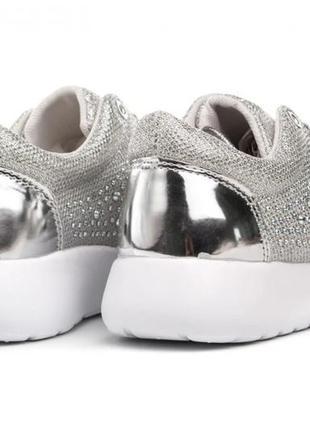 Жіночі кросівки gofc 39 silver