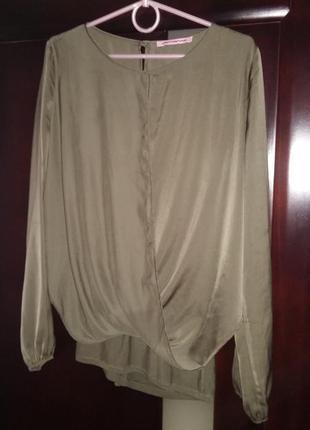 Продам шикарную итальянскую блузу