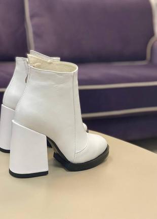 Ботинки кожаные ботильоны зимние деми