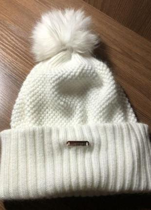 Burberry- шапка женская