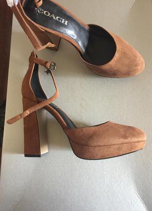 Замшевые туфли coach