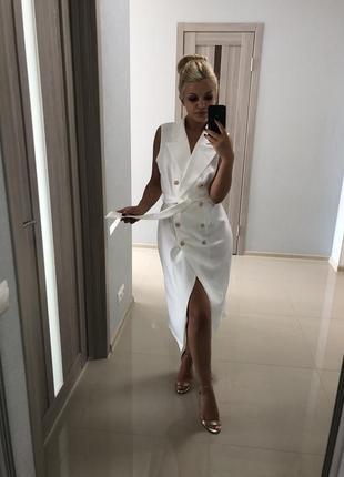 Элегантное двубортное платье-жилет в стиле balmain