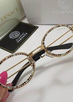 Стильные очки солнцезащитные имиджевые камни зимние летние в камнях разные цвета