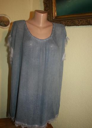 Благородная батистовая блуза-футболка с кружевом в декоре италия