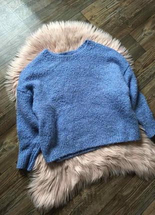 Тёплый свитер оверсайз с пайетками