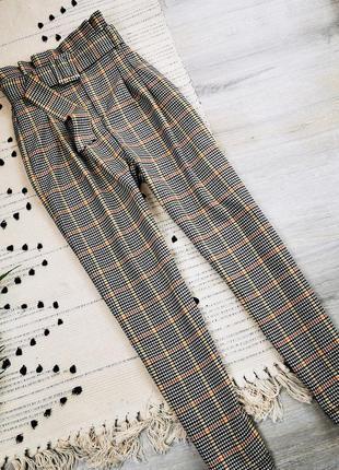 Стильні брюки з високою талією bershka  розмір s штаны в клетку высокая посадка