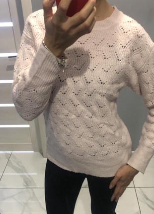 Пудровый джемпер свитер вязанный