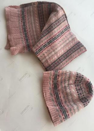 Комплект шапка шарф colin's