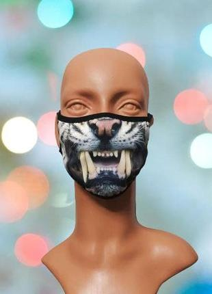 Креативна маска для обличчя з 3d принтом
