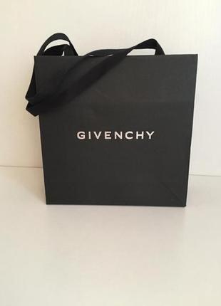 Пакет подарочный givenchy