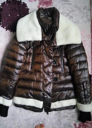 Стильная зимняя куртка, пуховик