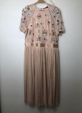 Платье большого размера 16