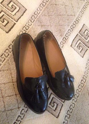 ... Лакові туфлі на тракторній підошві   туфли на тракторной подошве2 ... 3ffb64265e5df