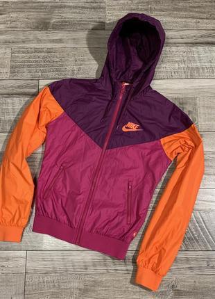 Ветровка спортивная куртка  nike