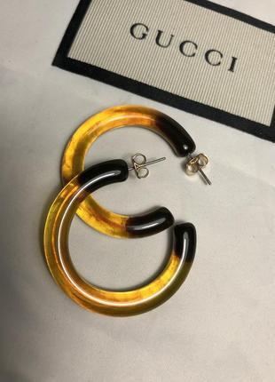 Актуальные серьги кольца янтарный с чёрным