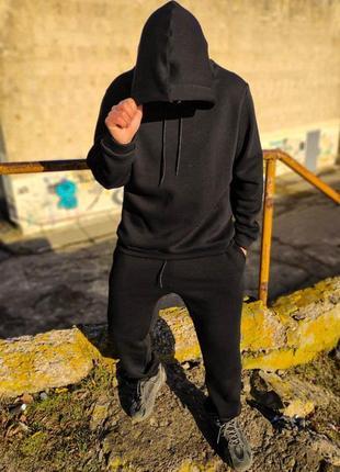 Спортивный теплый костюм черного цвета oversize