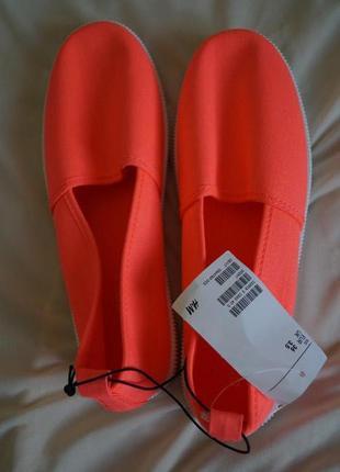 Яркие тапки 36 36.5 летние туфли слипоны эспадрильи неон h&m