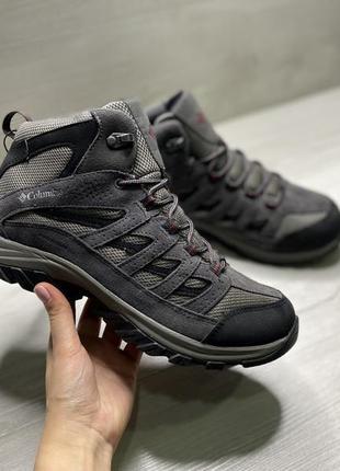 Оригінальні чоловічі кросівки від columbia crestwood mid
