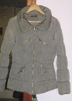 Отличная  брендовая куртка kira plastinina