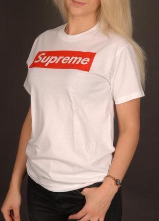 Крутая футболка supreme белая мужская / женская