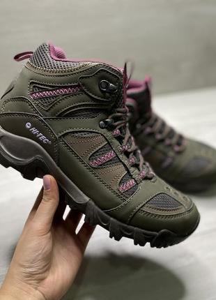 Оригінальні жіночі кросівки hi-tec bryce 2