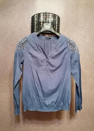 Блузка рубашка с ажурными плечами