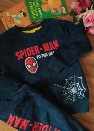 Классный домашний костюм, пижама marvel на 4 года.
