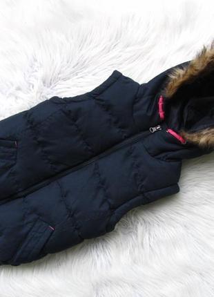 Теплая жилетка с капюшоном miss e-vie