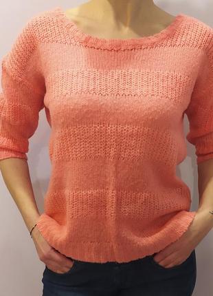 Легкий персиковый свитер   milla