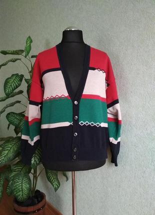Кардиган, пуловер на пуговицах.marz munchen.
