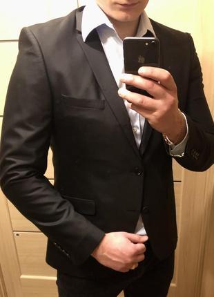 💟 чёрный пиджак мужской приталенный