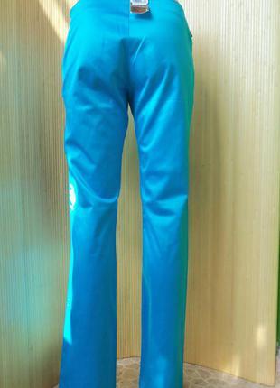 Лазурные джинсы с боковой молнией levis3