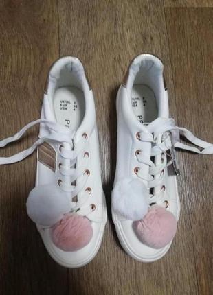 Кроссовки для девочки primark